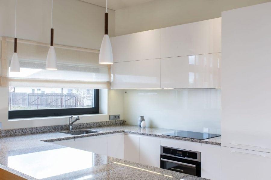 Hoogglans Witte Keuken : Wit hoogglans keukendeurtjes en ladefrontjes i c m faktum ☆ ikea