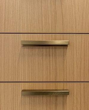 Laugar - moderne vierkante greepjes